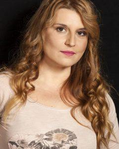 Elena-Atanasova_3069-700x1049