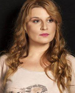 Elena-Atanasova_3076-700x1050
